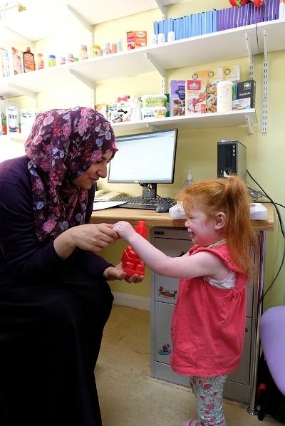 what do paediatric dietitians do?